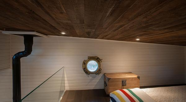 Tiny House upstairs bedroom